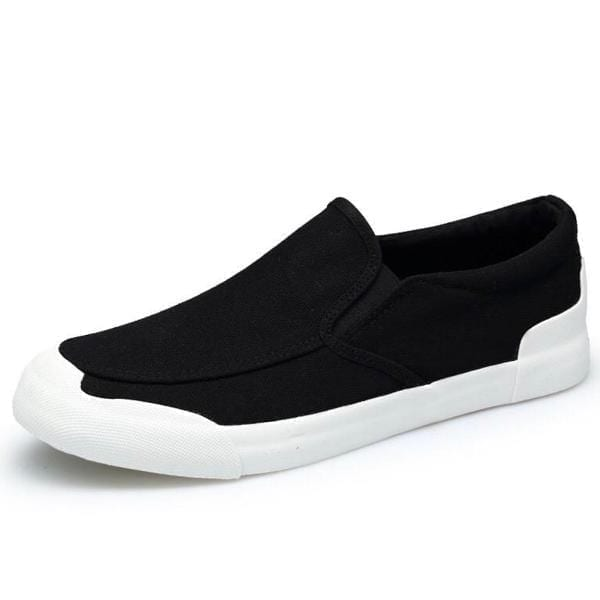 Plain men slip on loafer